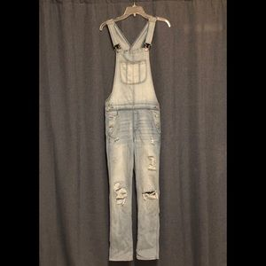 American Eagle distressed overalls size small